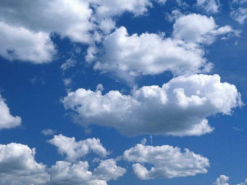 Облака, белокрылые лошадки...