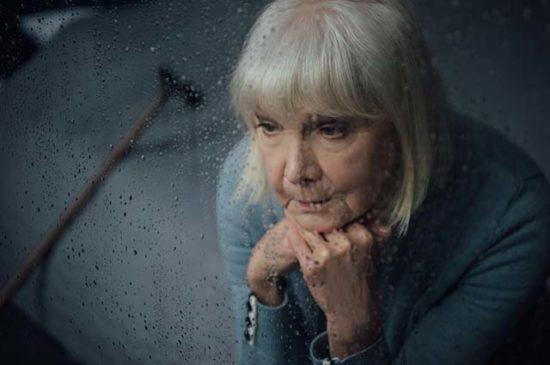 Пучальная, пожилая женщина