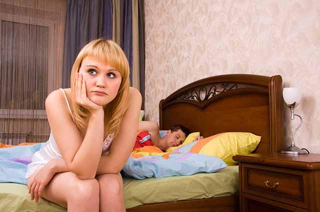 Девушка размышляет
