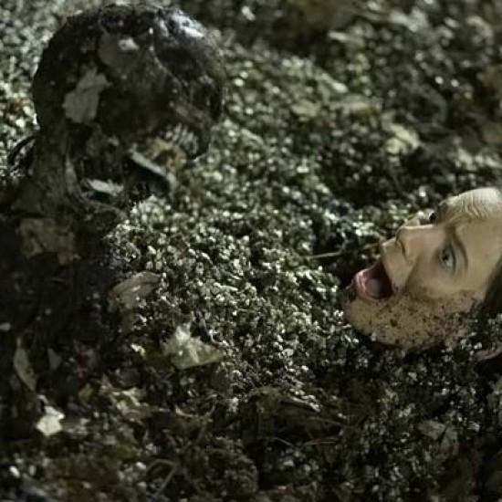 Труп под водой