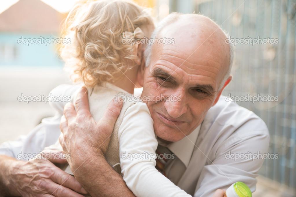 Разрисованный дед