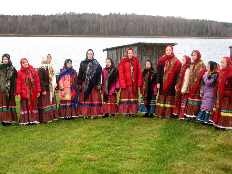 Как будущие культурологи фольклор собирали.)))