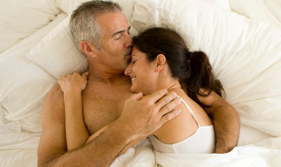 сайед, имам, как любит мужчину и женщину в возрасте видео фото интимные