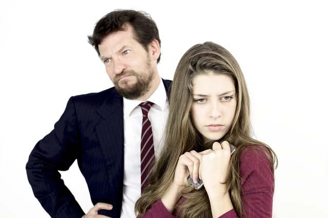 Конфликт отца и дочери