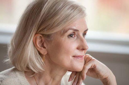 Портрет одинокой женщины
