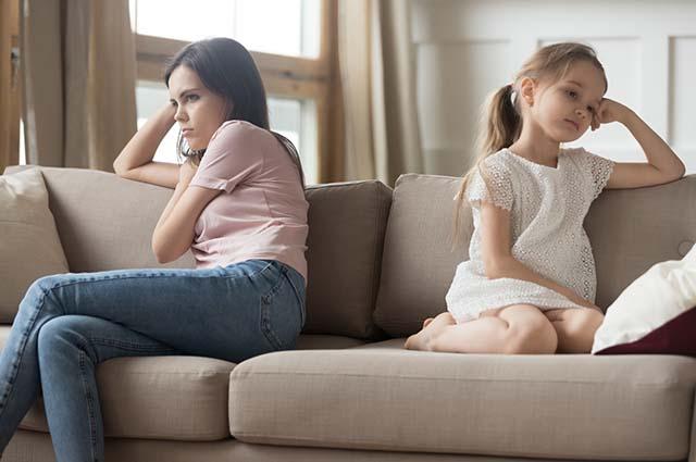 Ссора мамы и дочери