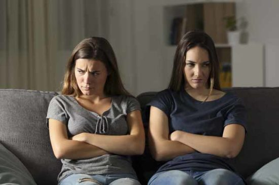 Конфликт двух сестер