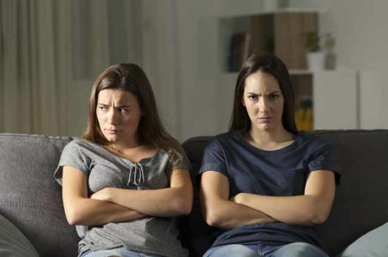 Ссора двух сестер
