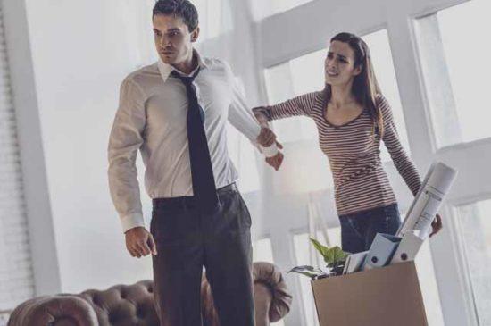Эмоцинальная ссора мужчина и женщина